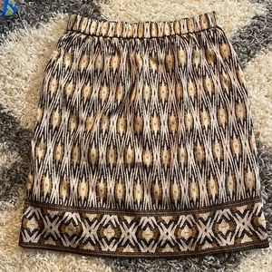 Chico's, size 1, patterned aztec midi skirt
